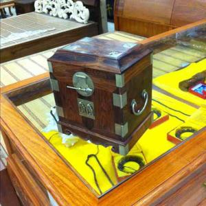 海南黄花梨珠宝盒