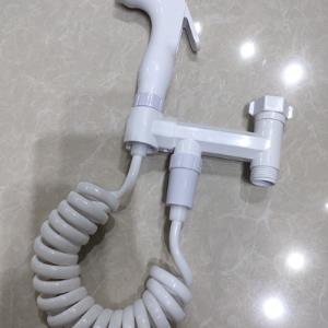 P009白色马桶伴侣(喷枪)