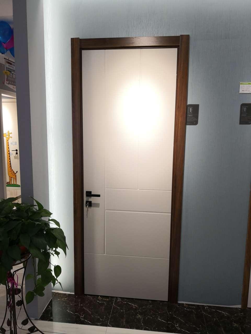 拼色烤漆门