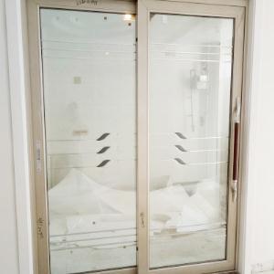 厨房门或阳台门